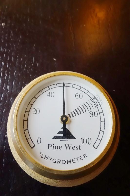 雪茄濕度計(Cigar hygrometer)